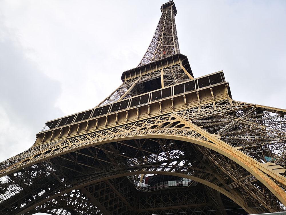 Эйфелева башня в Париже. Подниматься или не подниматься?