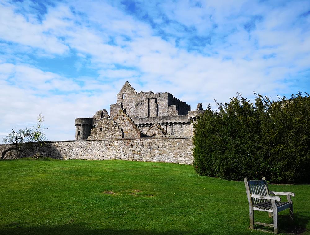 Шотландия Замок Крейгмиллар (Craigmillar castle) и замок Блэкнесс (Blackness Castle)
