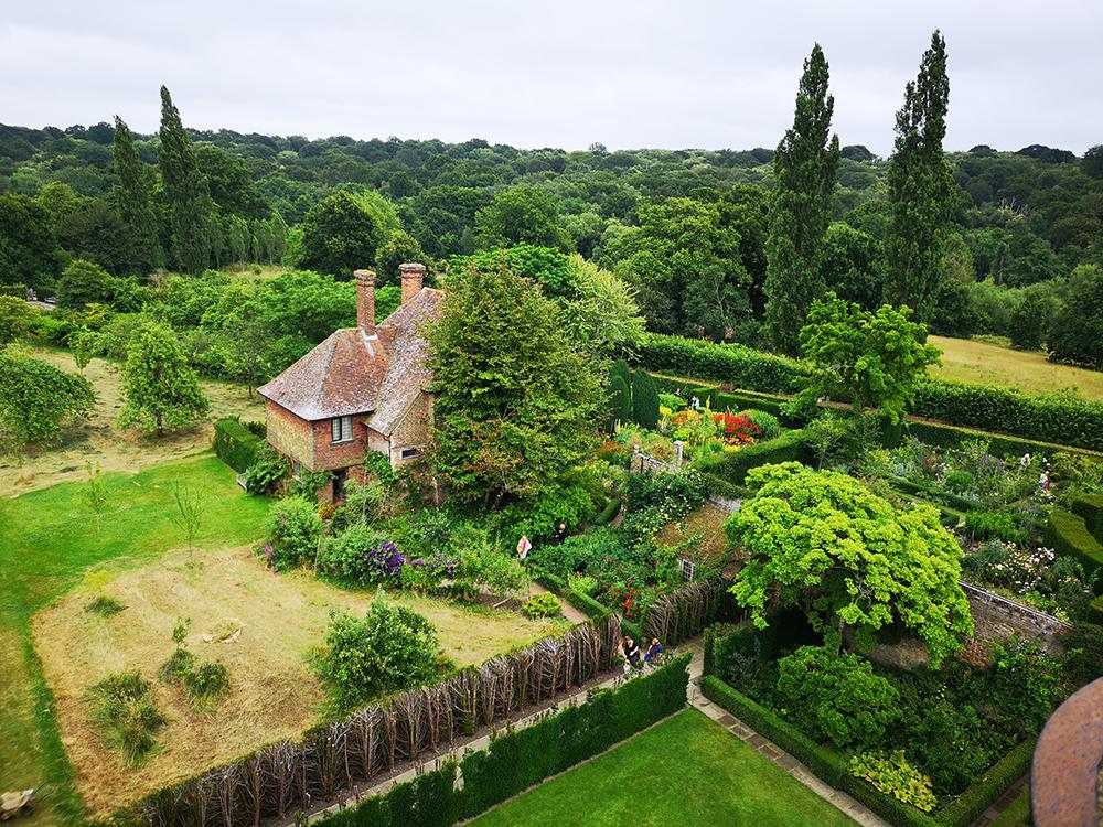 Великолепные сады в Сиссингхёрст (Sissinghurst )