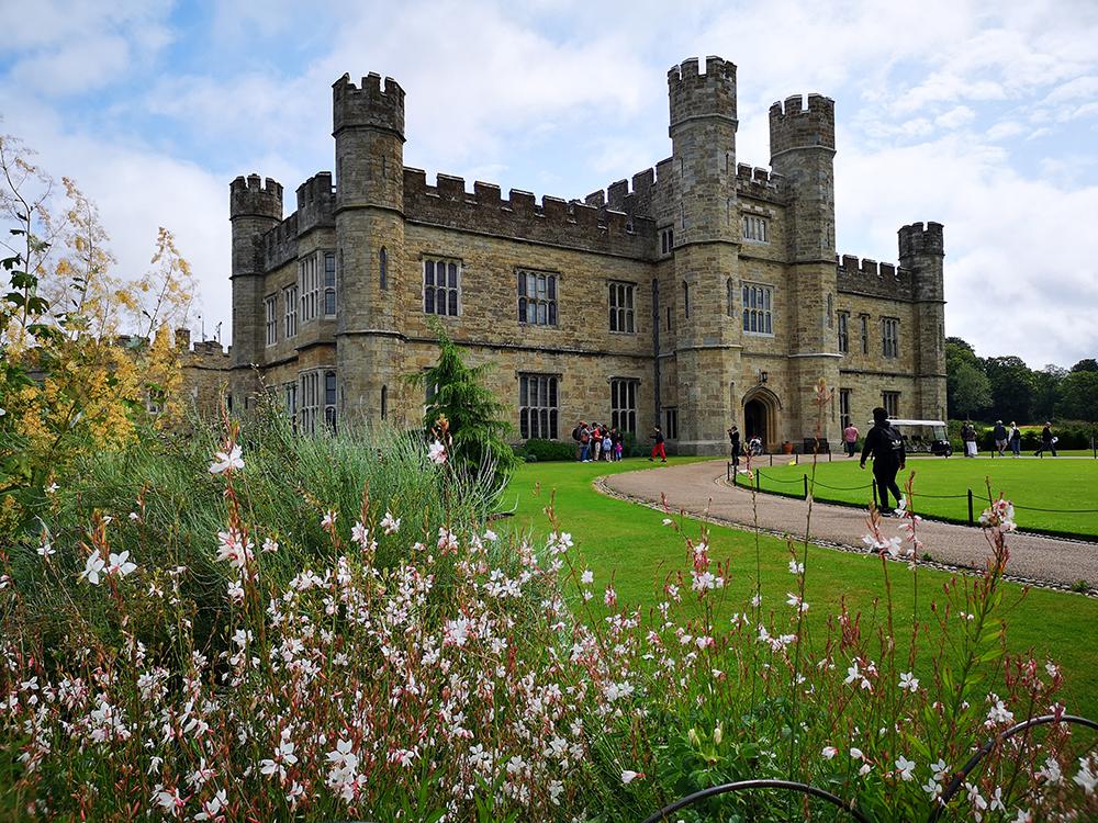 Замок Лидс (Leeds Castle) и его обитатели