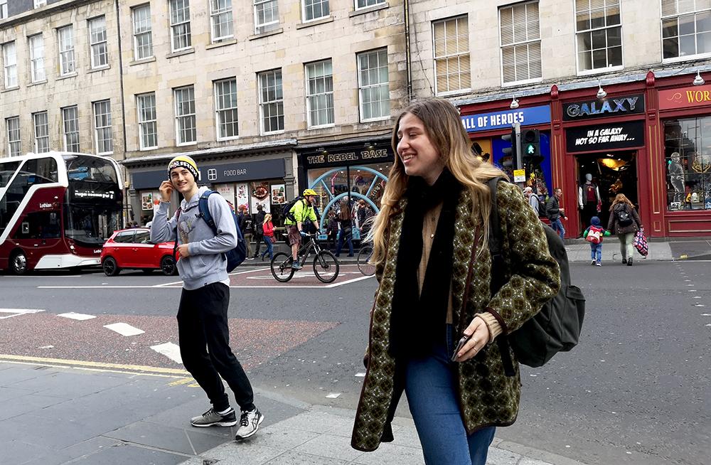 Как выглядят люди на улицах Эдинбурга. Фотозарисовка