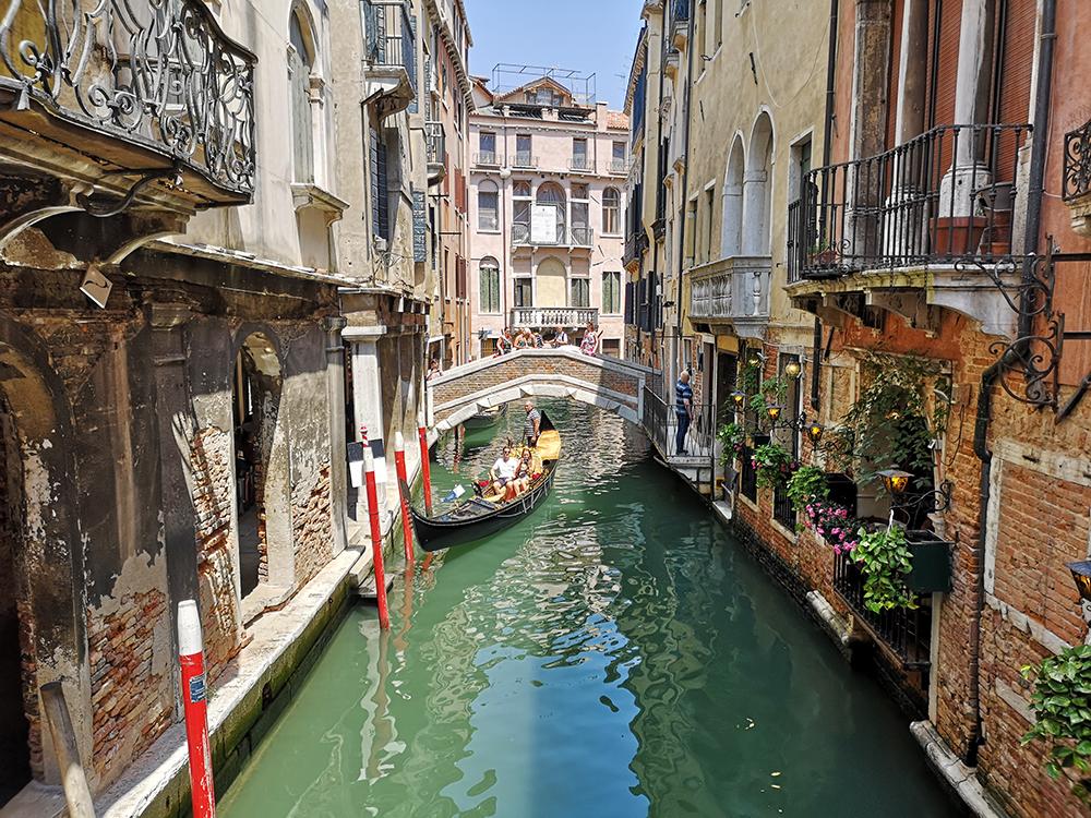 Пять фактов о гондолах и гондольерах в Венеции