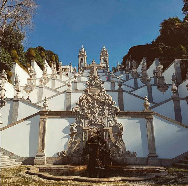 Святилище Бон-Жезуш-ду-Монти и лестница Via Sacra