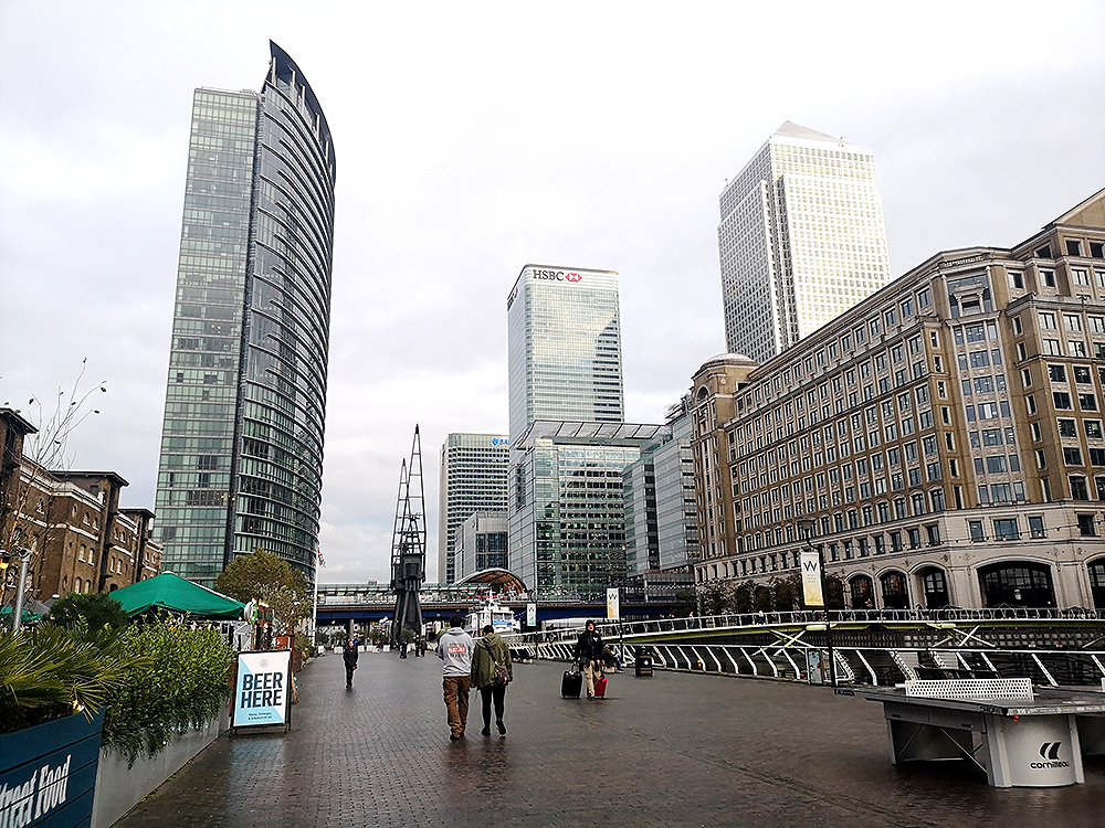 Кэнэри Уорф (Canary Wharf) – один из главных деловых центров Лондона