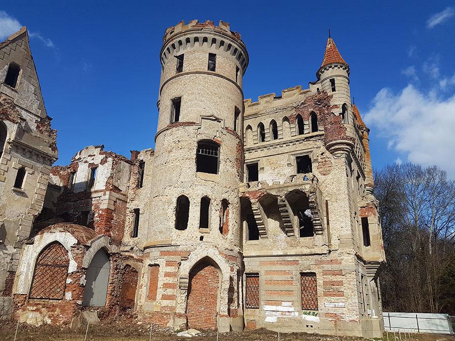 Усадьба Храповицкого. Во что превратился великолепный замок 19 века