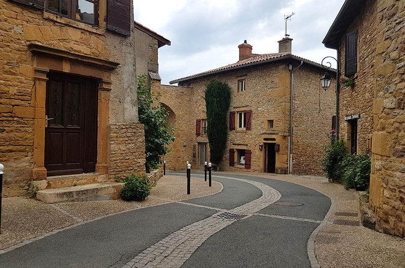 Красивые деревни Франции. Тейзе и Уэн